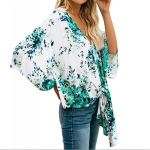 Tops - Casual loose fit kimono sleeved blouse